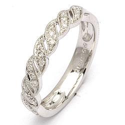 Diamantring i 14 karat hvidguld