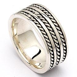 Moderne smykke til herre, ring i oxideret sterlingsølv