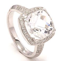 Stor diamantring i 14 karat hvidguld